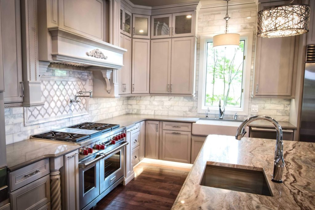 Complete your Howard County kitchen with a beautiful and functional range hood.