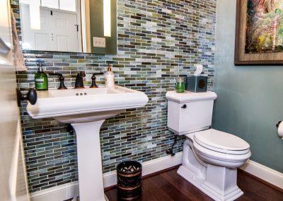 Cossentino Town Home Interior Renovation Bathroom DSC_5021